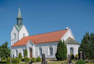 Holmby kyrka | Church, Skåne, Sweden: Exteriör | Exterior | Außenansicht [2015]<br>Lat: 55.746989N, Long: 13.400703E © Kristian Adolfsson (www.adolfsson.photo)
