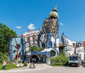 Abensberg Kuchlbauer Kunsthaus, Bayern | Bavaria, Deutschland | Germany: Architect Friedensreich Hundertwasser [2018]Lat: 48.816598N, Long: 11.843653E Copyright © Kristian Adolfsson / www.adolfsson.photo