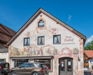 Lüftlmalerei at Pfarrgasse, Oberammergau, Bavaria | Bayern, Germany | Deutschland | Tyskland [2018]<br>Lat: 47.596610N, Long: 11.065290E Copyright © All rights reserved. Kristian Adolfsson / www.adolfsson.photo